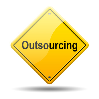 Señal amarilla texto Outsourcing